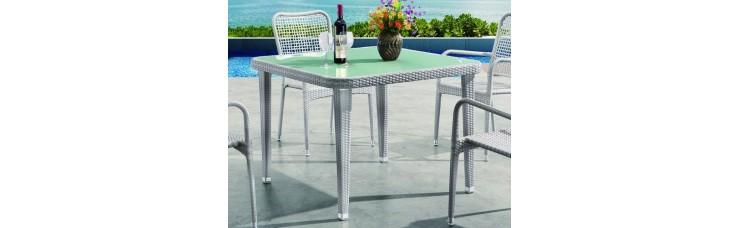 Плетеный стол MIAMI